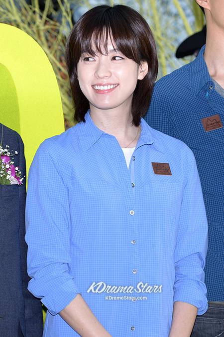 jo-in-sung-and-han-hyo-joo-blackyak-40th-anniversary-event (15)