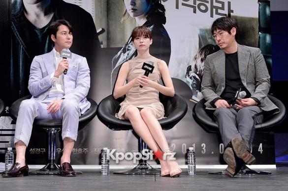 76596-han-hyo-joo-jung-woo-sung-sul-kyoung-gu-attend-as-a-leading-actors-kmo