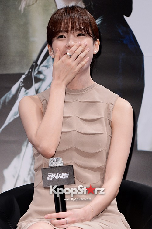 76613-han-hyo-joo-attends-as-a-leading-actors-kmovie-cold-eyes-press-confere